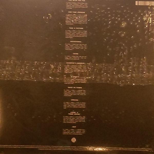 tuxedo-2-vinyl-lp-bak